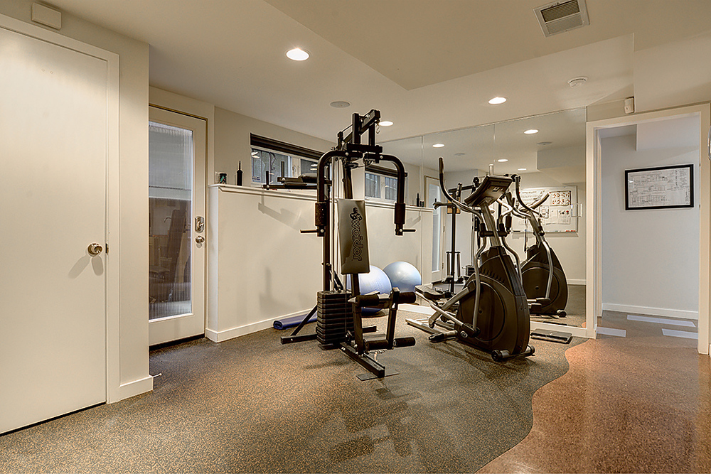 work out room.jpg