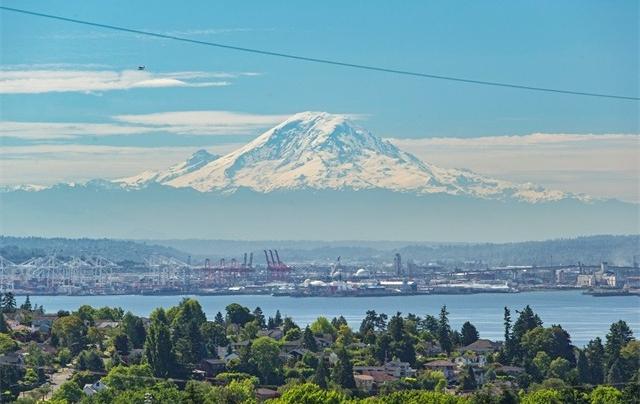 3803 W Dravus St, Seattle
