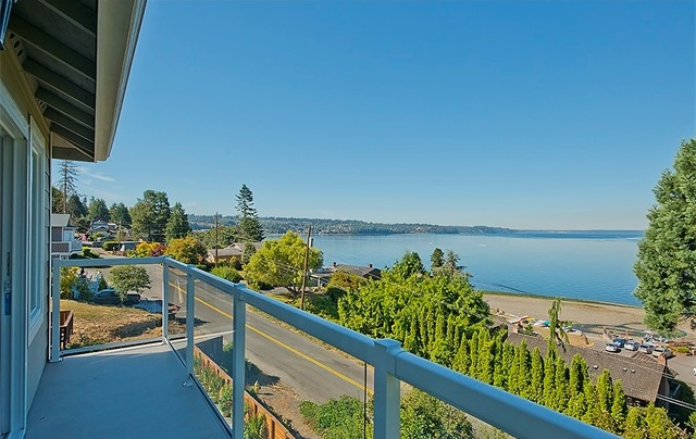 26917 9th Avenue S | Des Moines, WA  Sold for $529,000   Represented the Seller