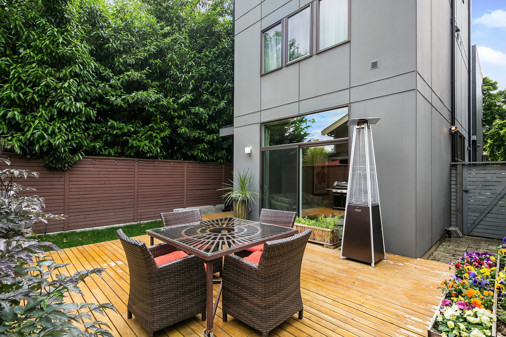 516 25th Avenue S | Seattle  Sold for $735,000   Represented the Seller