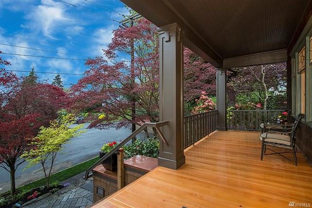 1065 E Howe Street | Seattle  Sold for $1,690,000   Represented the Seller