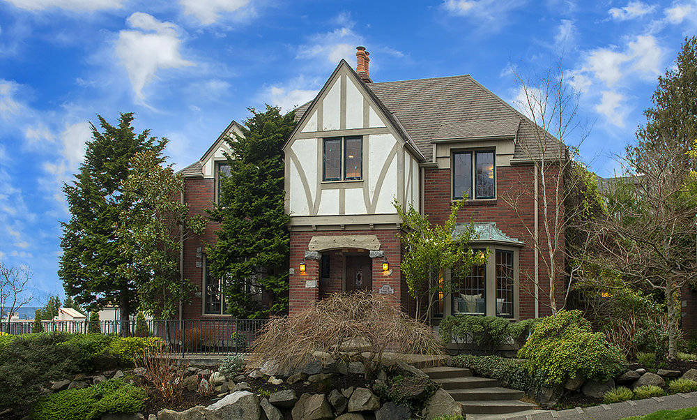 4256 W Glenmont Lane | Seattle  Sold for $2,000,000   Represented the Seller