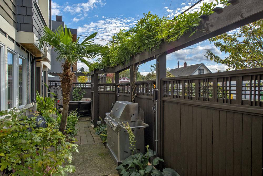 patio 8.jpg