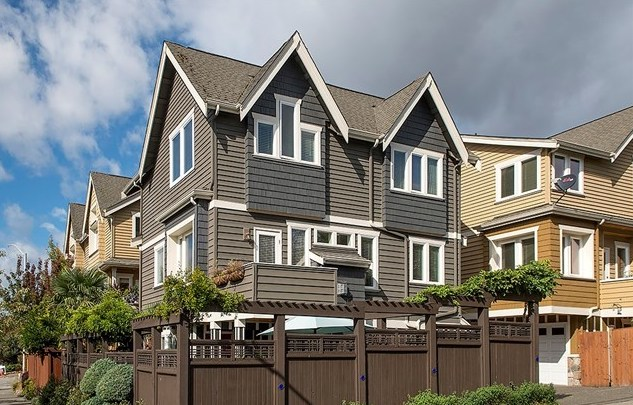 2304 S Judkins St | Seattle  Sold for $785,000   Represented the Seller