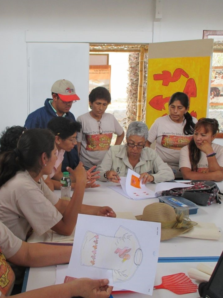 The Project   SPI is promoting community development and site preservation by bringing together 23 women from settlements around Pachacamac to create a sustainable community business.  The women have been trained in business and artisan skills and are working together to create craft products related to the cultural history of Pachacamac.  They control and own the business, now called 'SISAN' and through it they build sustainable livelihoods for themselves and their families, strengthen local identity and put the site at the heart of the community.