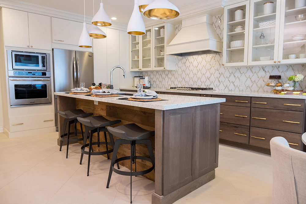 411_Kitchen_Wide04.jpg