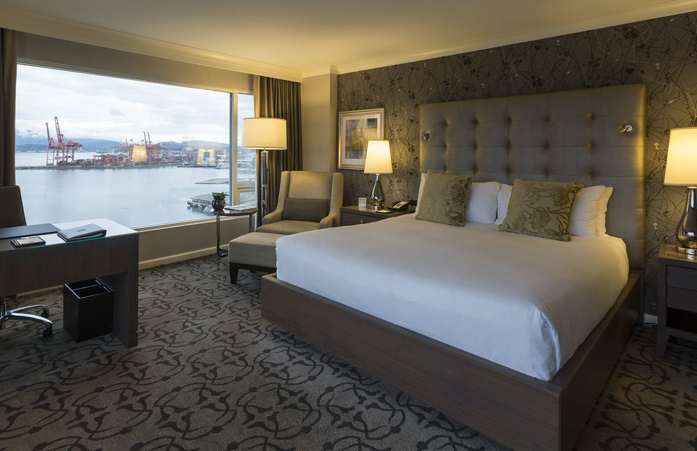 Fairmont_WaterFront_Room-before.jpg