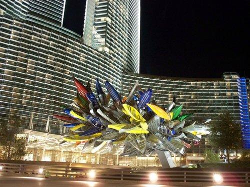 "Nancy Rubins, ""Big Edge"" (2009). Permanent installation at MGM CityCenter, Las Vegas. Image credit:Panoramio."
