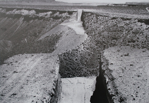 "Michael Heizer, ""Double Negative"" (1970). Image credit:  Global Art Magazine ."