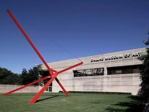 Mark di Suvero, Ave (1973). Image credit:  Blouin Art Info .