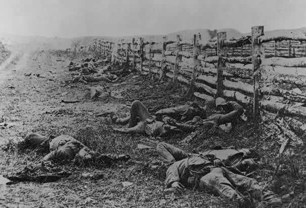 Matthew Brady,Dead Confederate Soldiers(1862). Image credit: CORBIS via History.com.