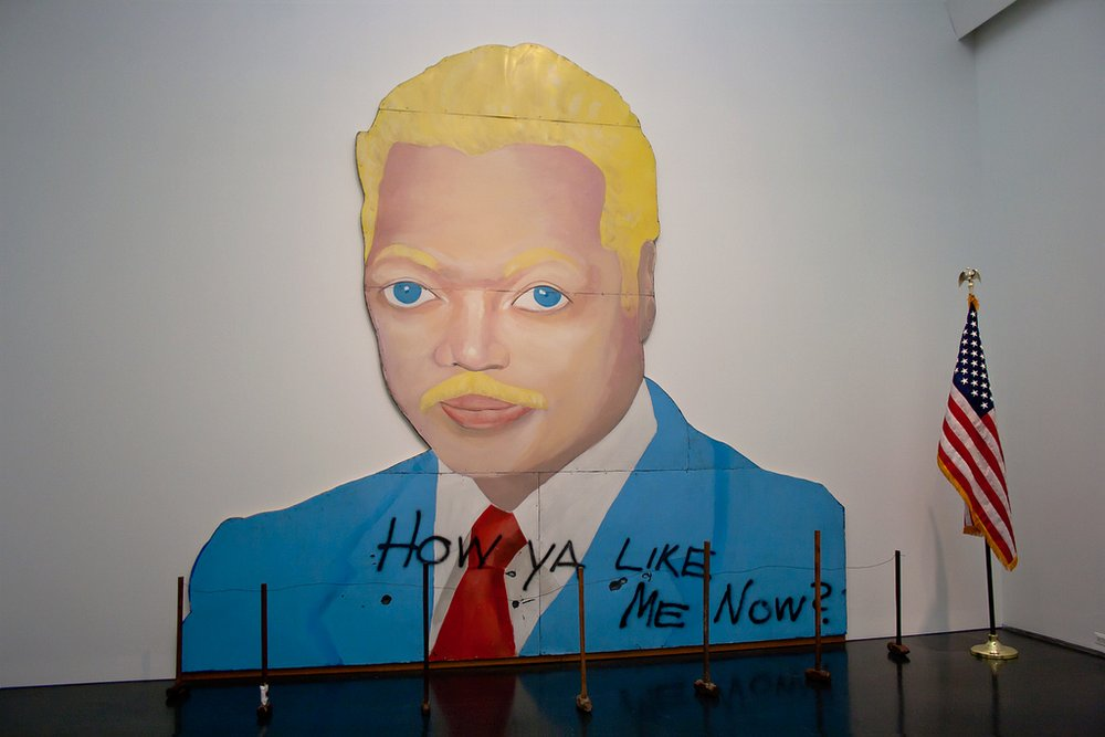 "David Hammons, ""How Ya Like Me Now?,"" 1988. Image credit:  Broc Blegen ."