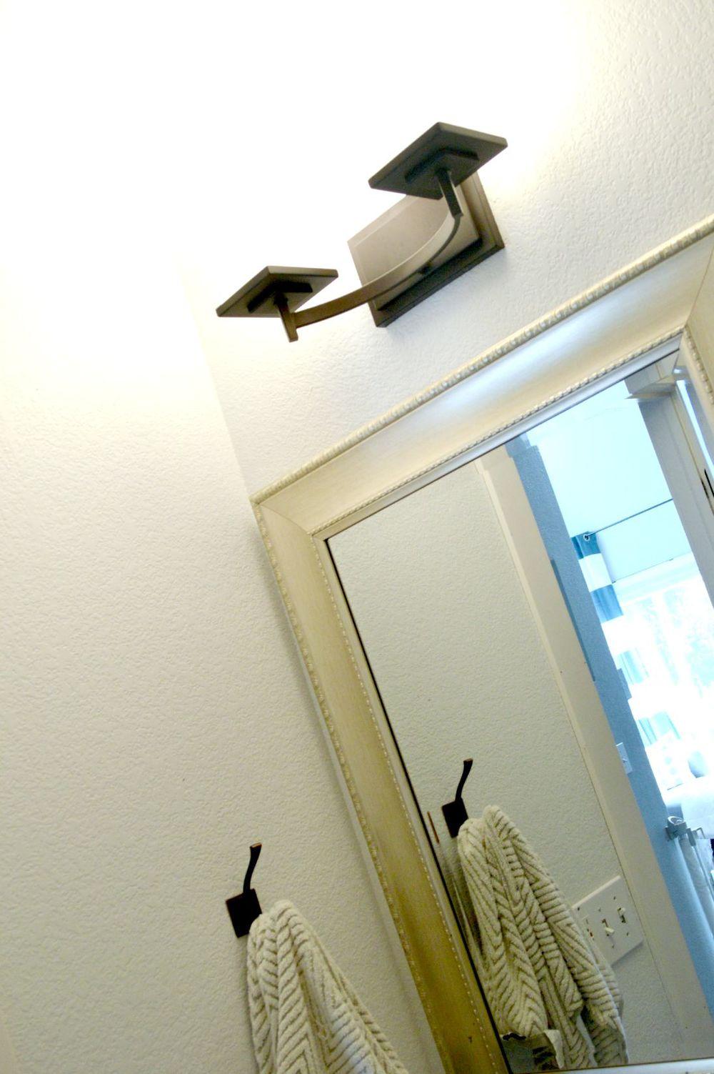 Corner Gallery Wall 5.jpg
