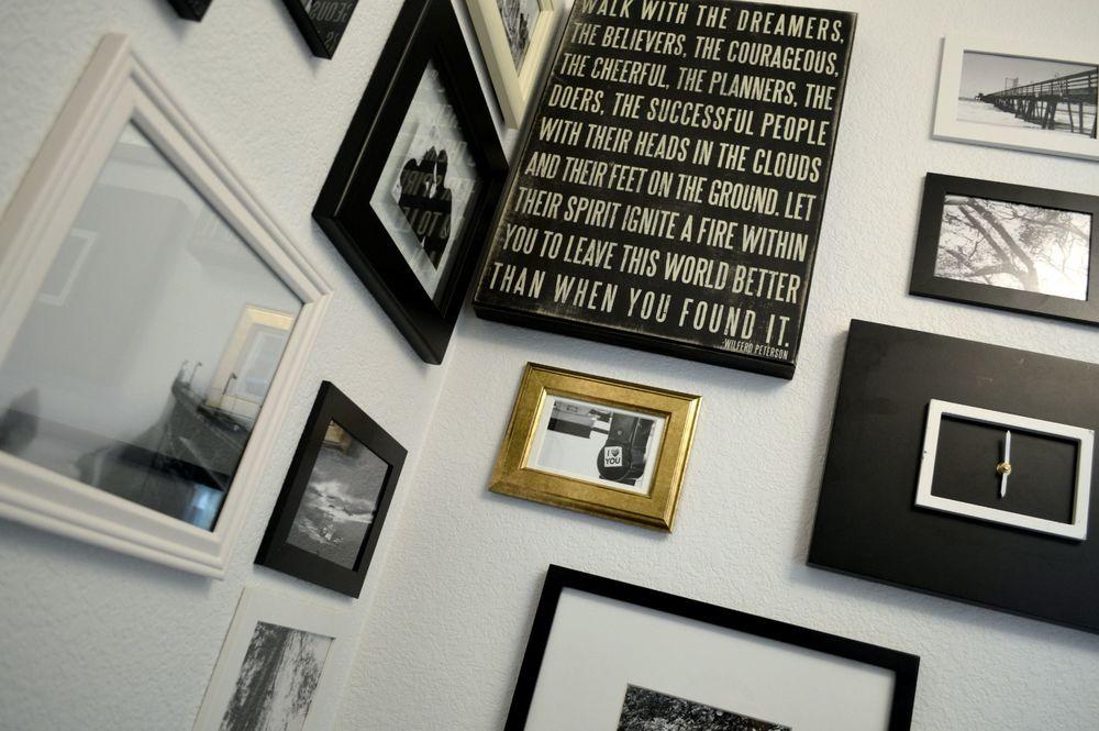 Corner Gallery Wall 13.jpg