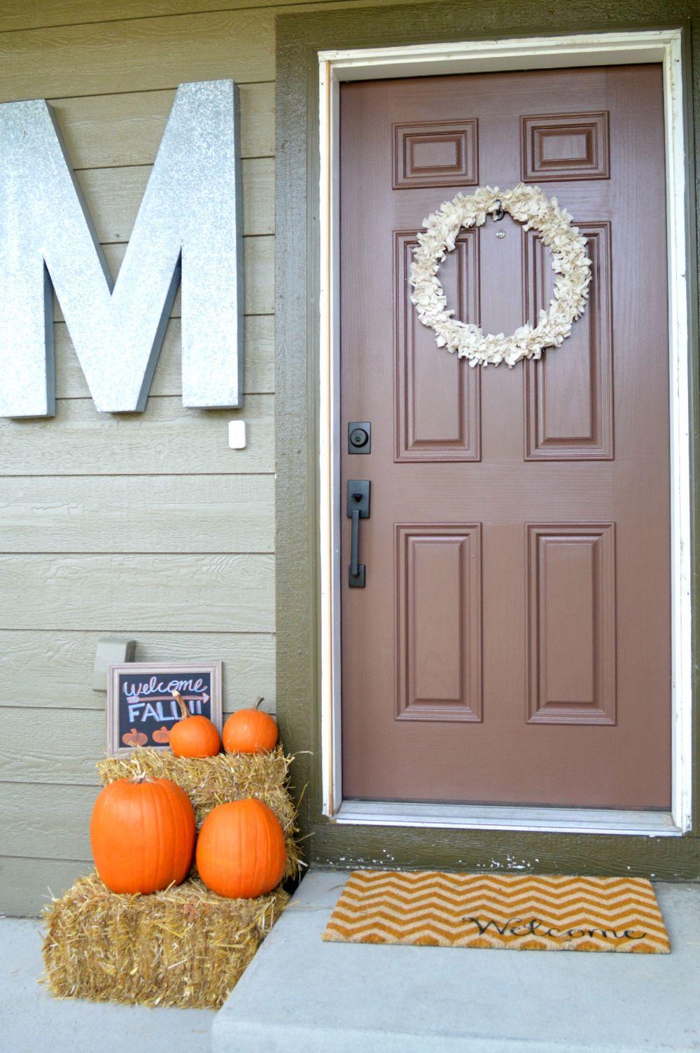 Fall Autumn Decor Porch.jpg