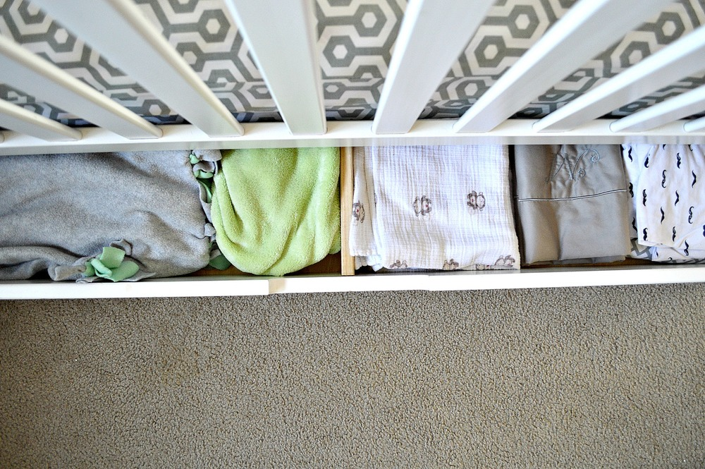Organizing a shared kids space twins room 10.jpg