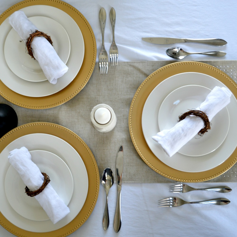 Thanksgiving Table Setting 4.jpg