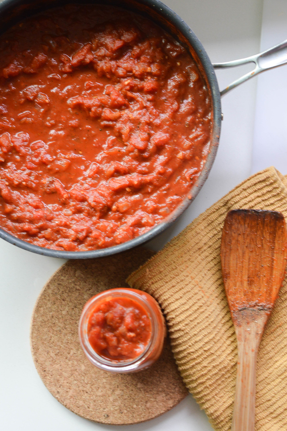 Homemade Tomato Sauce (6 of 9).jpg