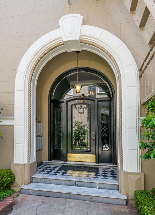 entry_door.jpg