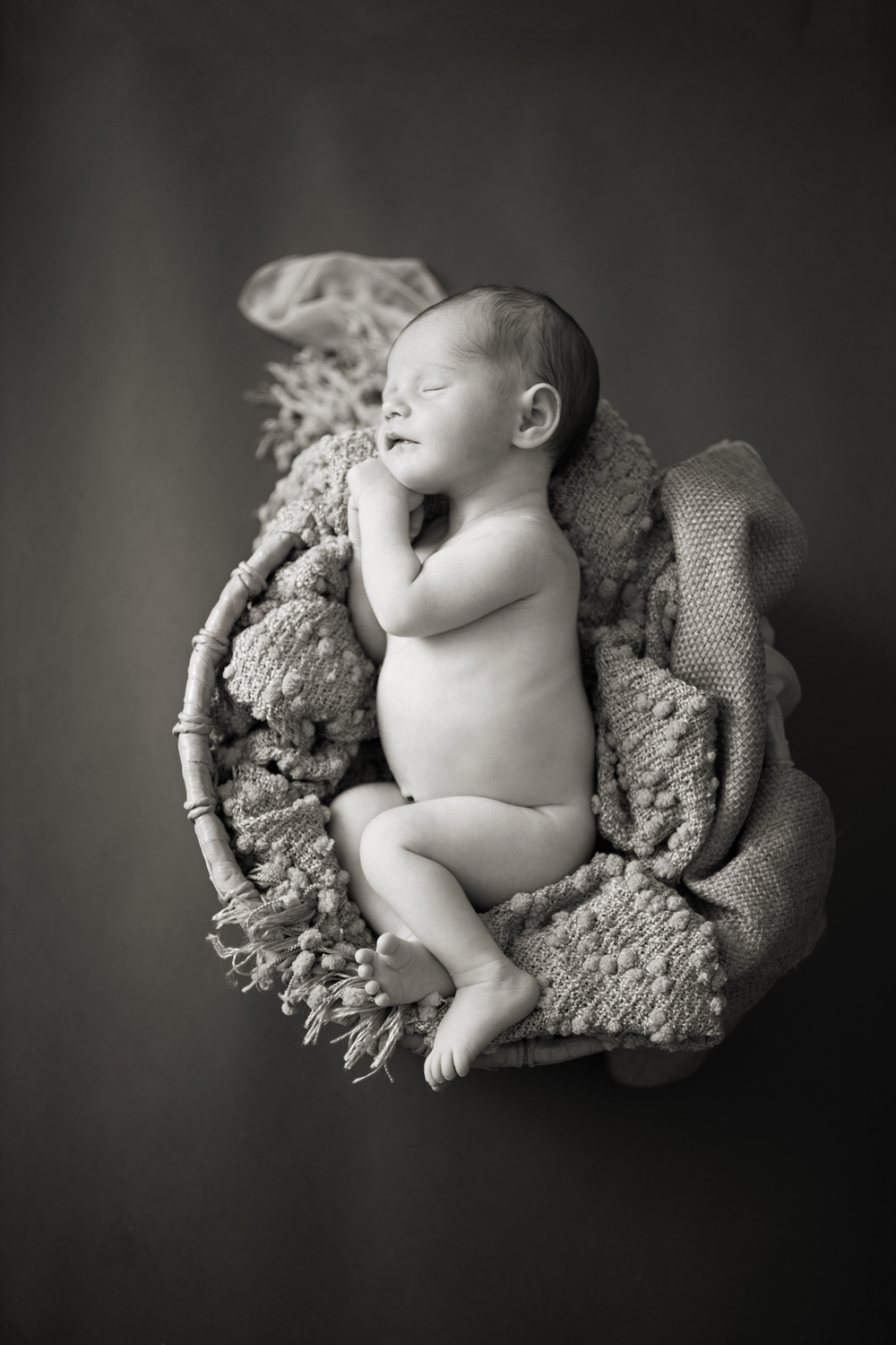 Worthington Photographer, newborn photography session