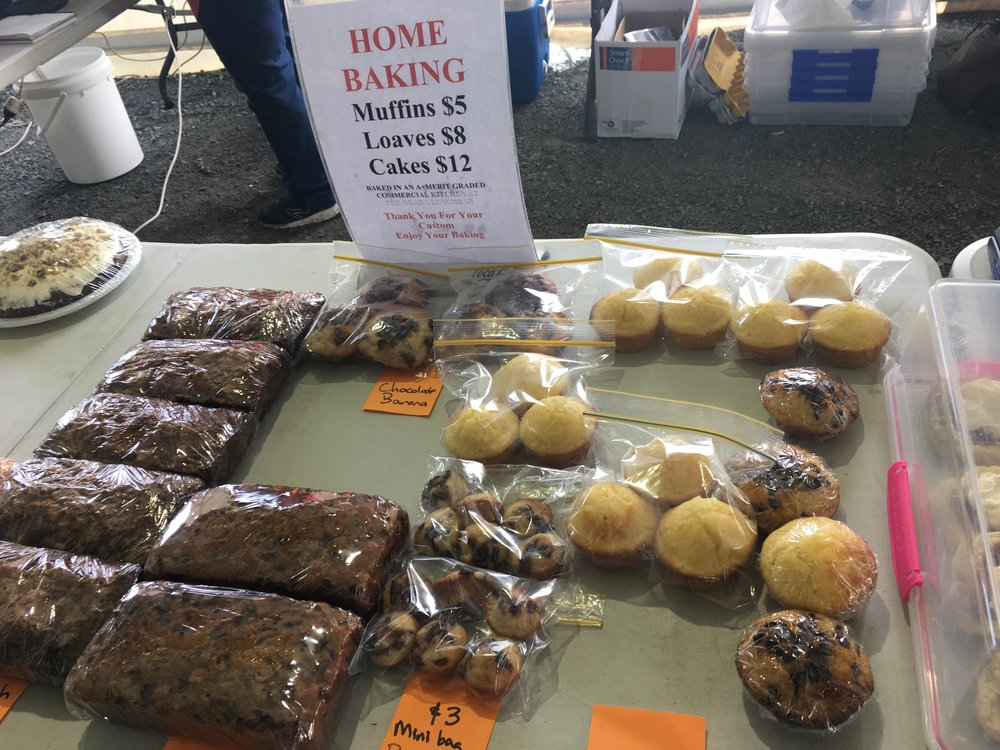 Farmer's market and fresh baked goods!