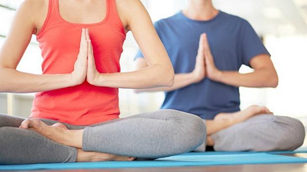 yoga_625x350_61433418707.jpg