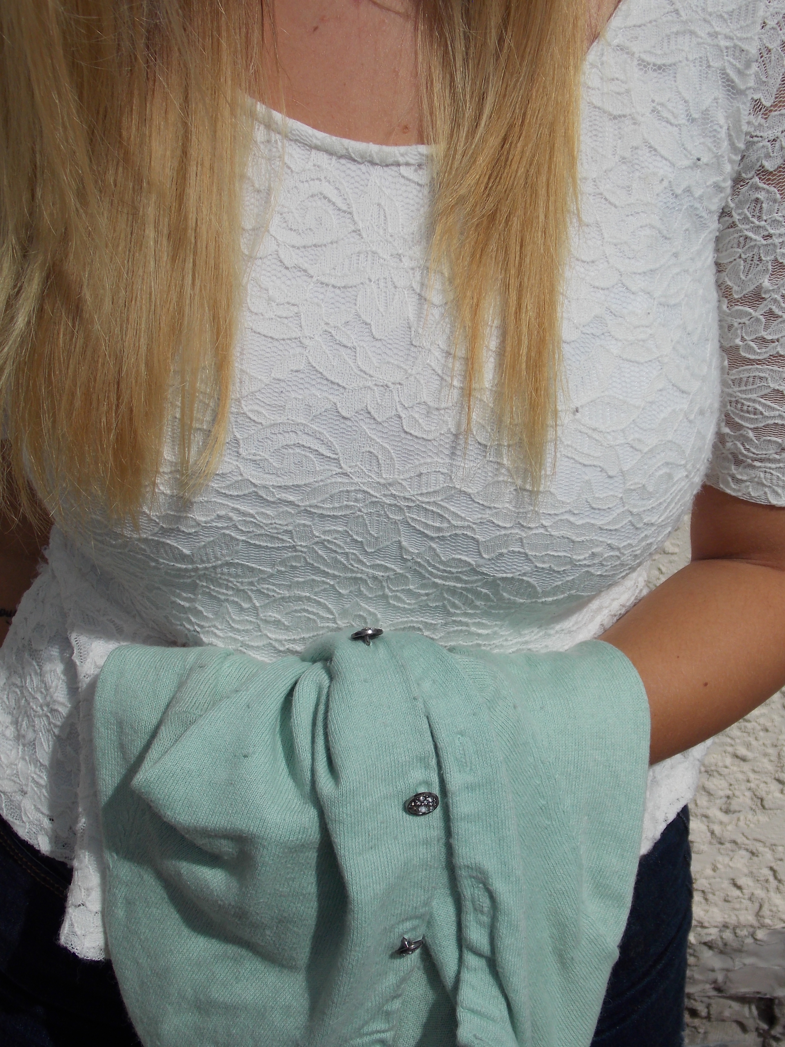 Lace & vintage buttons ♥