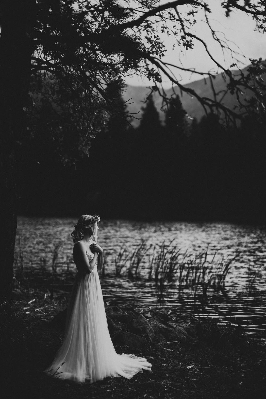aspyn-ovard_bridals_tyfrenchphoto (20 of 76).jpg