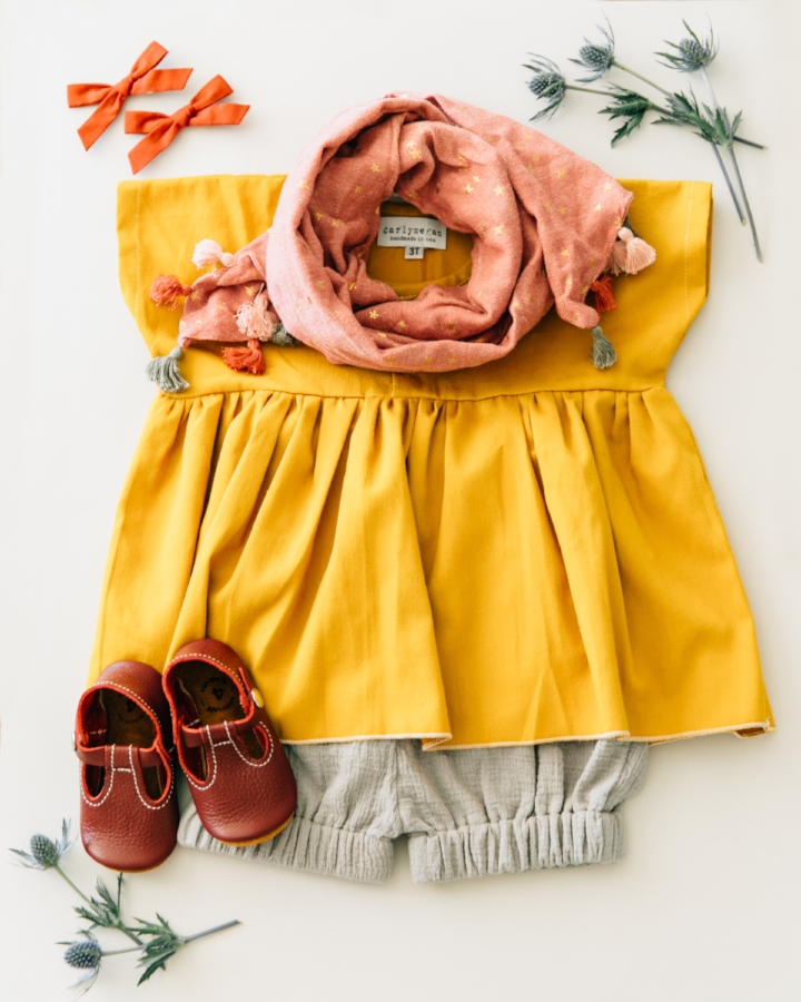 shoes: mon petit shoes, shorts: the crafted co, top: carlymegan, scarf: zara kids , bows: free babes