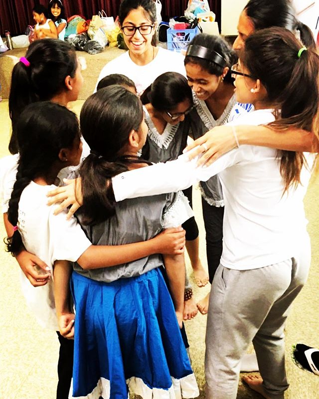Our graduating seniors hugging their Minor Advanced students at their last class together before show day! ❤️😭 . . . . #NYC #LI #NewYork #LongIsland #dancer #artist #family #culture #SouthAsia #therapy #choreographer #NewHydePark #Hicksville #adults #kids #teacher #NartanRang #NartanRangDanceAcademy #NrityaYatra #NrityaRanjani #NR2018 #AUPAC #AdelphiUniversity #BharatiyaVidyaBhavan #bharatnatyam #kathak #fusion #classical #semiclassical #Bollywood