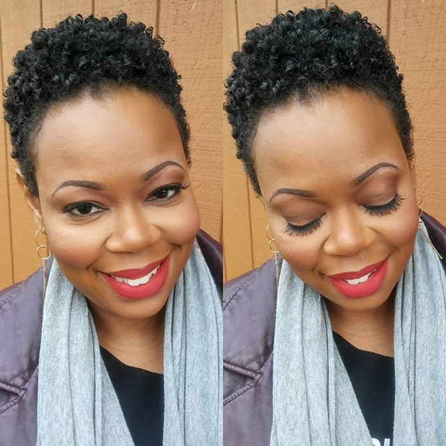 Early morning beauty situation with my girl @melshonell ! Yes please!!!!!!! . . . . . . . #melaninbeauty #naturalhair  #slay #taperedfro #denyelledbeauty #makeupartist #makeup #models #iCreate #dmvmakeupartist #dcmua #naturalhair #bantuknots #haircrush  #curlbox #teamnatural_ #naturalgirlsrock #blackgirlsrock #4chairchicks #naturalhairdoescare #twistout #braidout #blowout #deevacut #haircut #afro