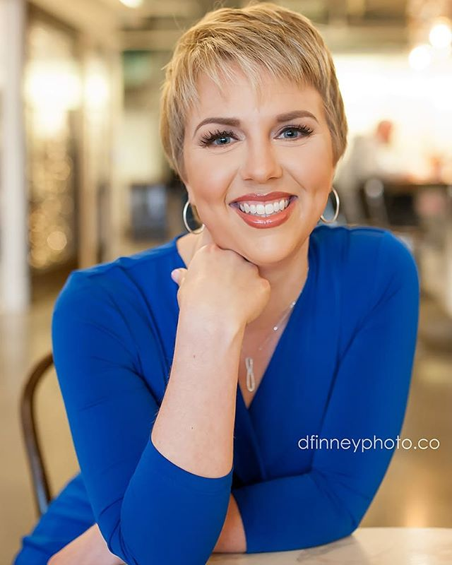 Isn't Andrea THEEE CUTEST?!?!?! Omg I had the best time with her this past weekend. Updated headshots with @dfinneyphoto !😘😘 Makeup by yours truly . . . . . . #dfinneyphoto #dfinneyphotography #beautiful #beauty #pixiecut #blonde #headshotphotography #softbeauty #dmvmakeupartist #dcmakeupartist #dcmua #denyelledbeauty