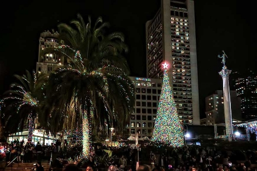 the 555 california street tree lighting is san franciscos premier annual tree lighting event celebrating its 10th anniversary in 2016 - Bay Area Christmas Events