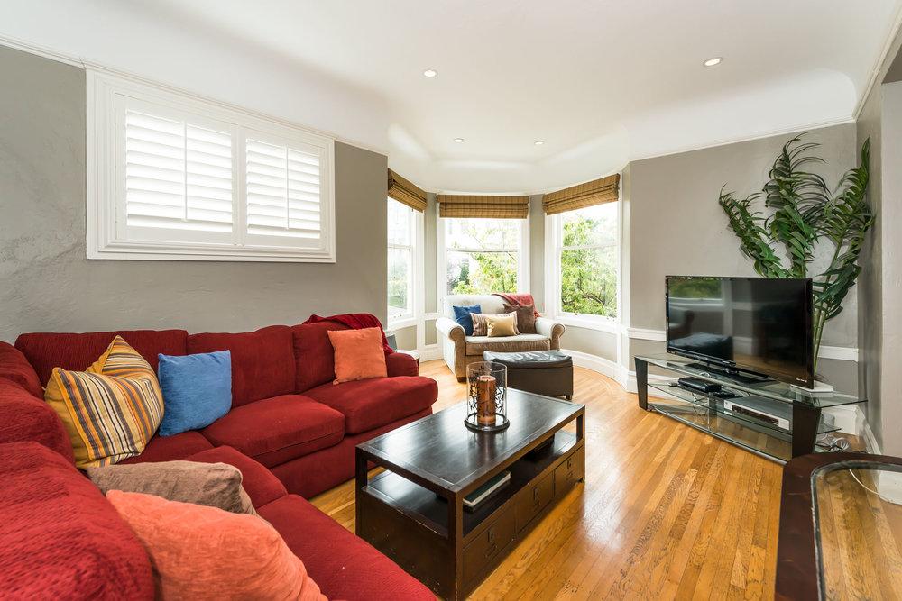 Livingroom-3-MLS.jpg