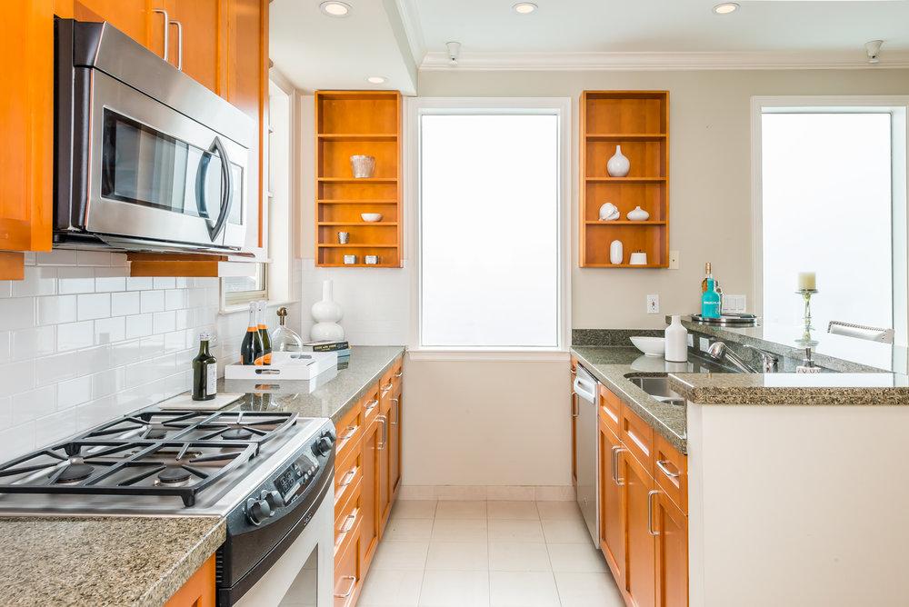Kitchen 3 MLS.jpg