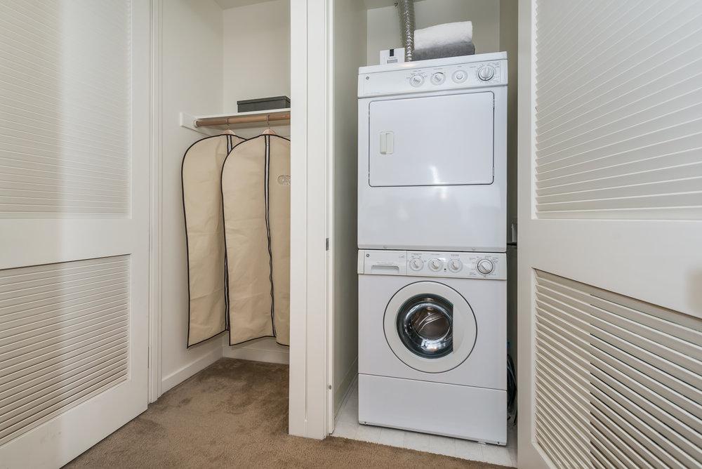 Laundry MLS.jpg