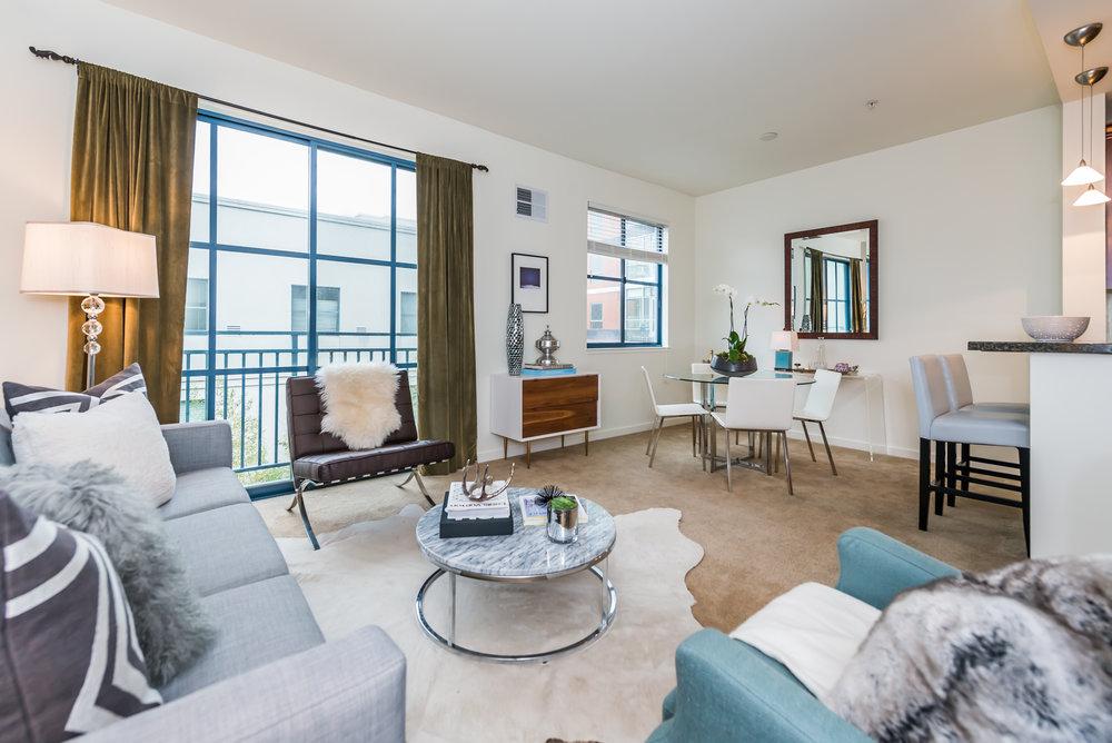 Livingroom MLS.jpg