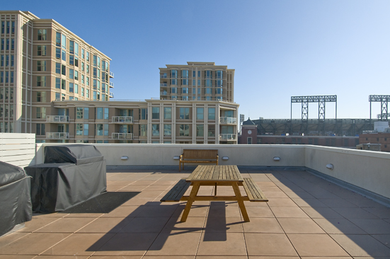 roof deck-2.jpg