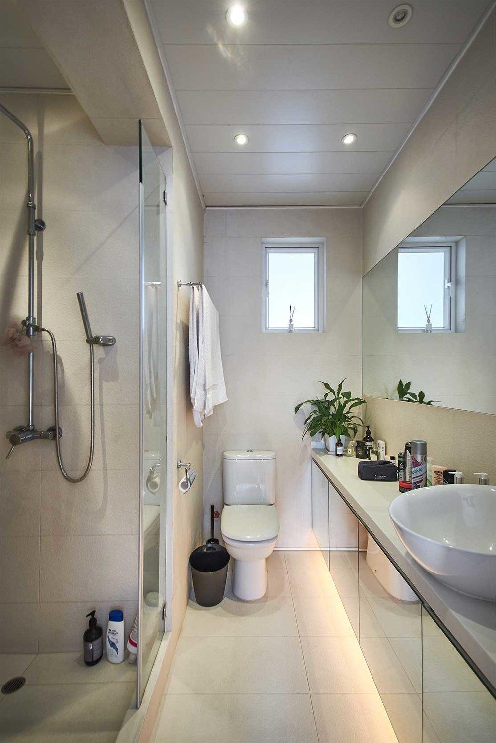 bathroom-DSC_1754.jpg