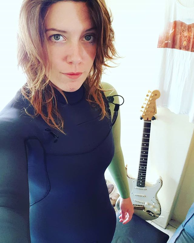 I must admit.. after surfing all winter with a wetsuit full of holes, the comfort level in this @billabong furnace is about a million. I can finally stay out for hours without going numb. 😊  #surf #surfing #surfer #surfergirl #surfergirls #ocean #beach #waves #wave #wetsuit #music #musician #musicians #musical #musica #guitar #guitarist #guitarplayer #guitarplayers #girlguitarist #girlguitar #girl #acoustic #acousticguitar #singersongwriter