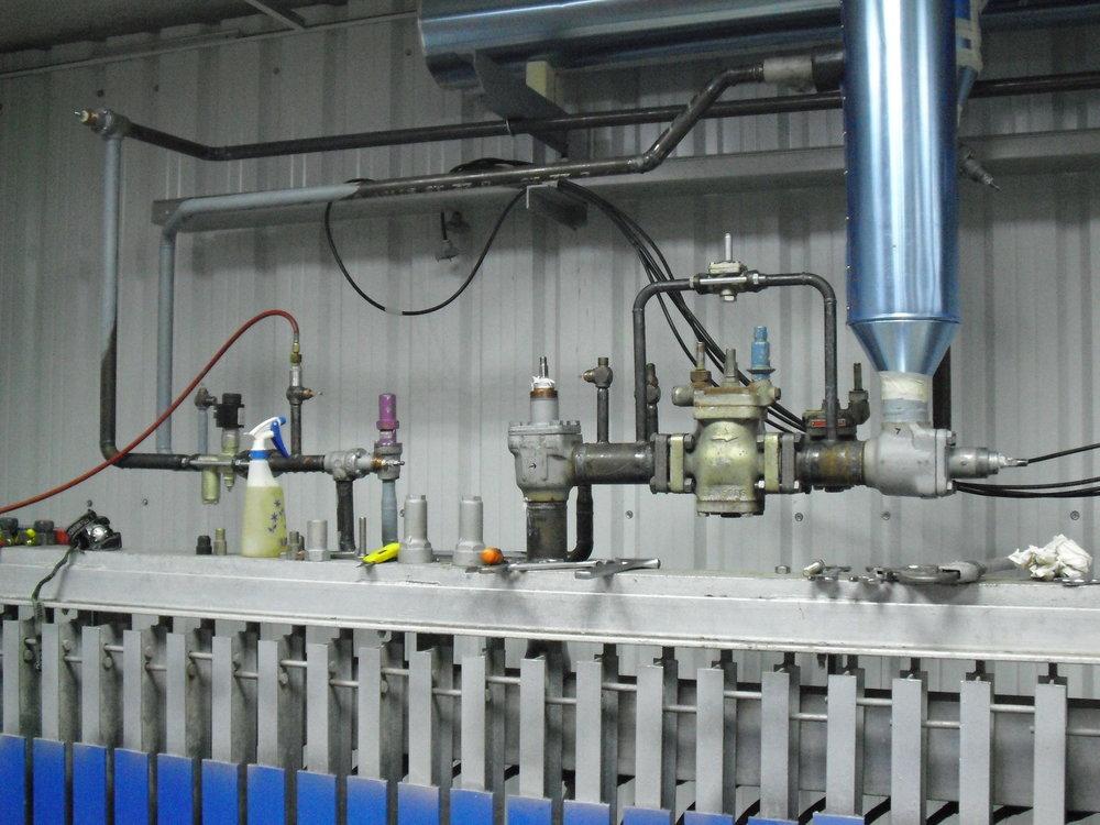 Instalación de tuberías de acero carbono o AISI 304 para refrigeración industrial