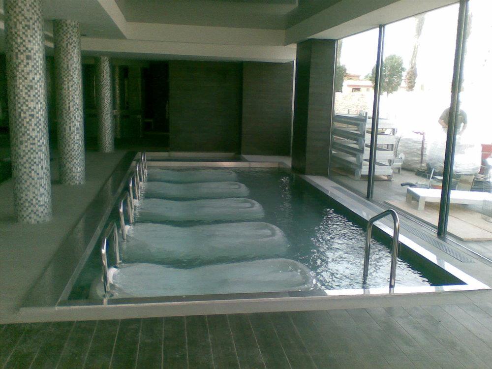 Vaso de piscina con chapa de acero inoxidable AISI316L
