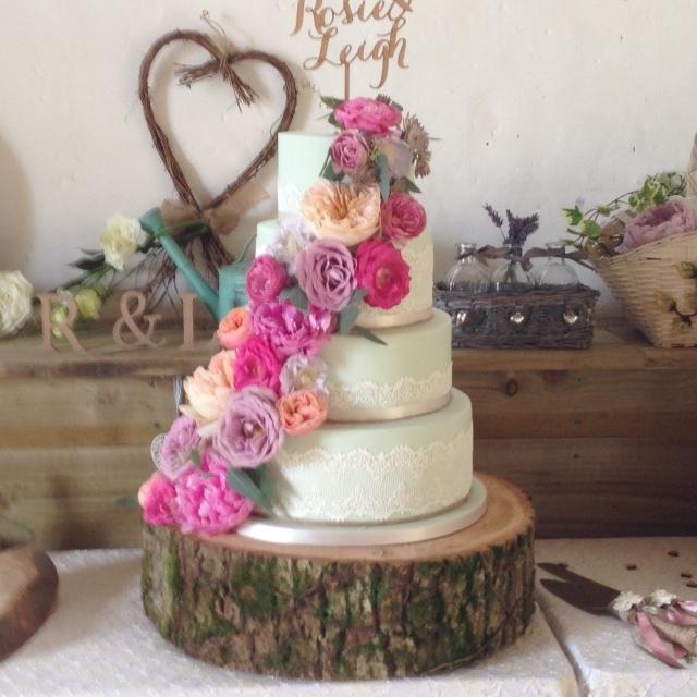 Rosie cake flowers.JPG