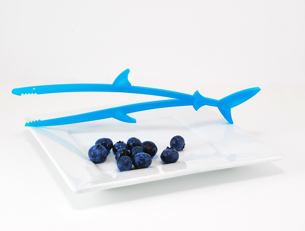"Munch Stix® are child-friendly chopsticks that all have mouths and munch!  Made in the USA, Munch Stix® are an AmericasMart ICON Honors Innovation Award finalist, an Editor's Pick for The Gourmet Retailer and one of A-List Mom's ""Toy of the Year"" in 2014. Meet ""Chum the Shark"" who has also been endorsed by pediatric Occupational Therapist, Lindsey Biel OTR/L."