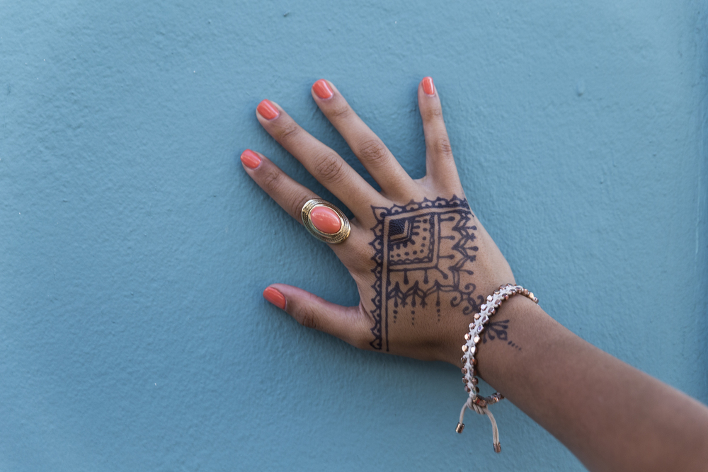 Henna hand against a colorful Old San Juan wall. Something that sets San Juan apart from other cities I've visited are the historic buildings and homes that are brightly painted.  Canon 6D, Tamron 24-70mm f/2.8 @70mm (iso400, f/4, 1/125s)
