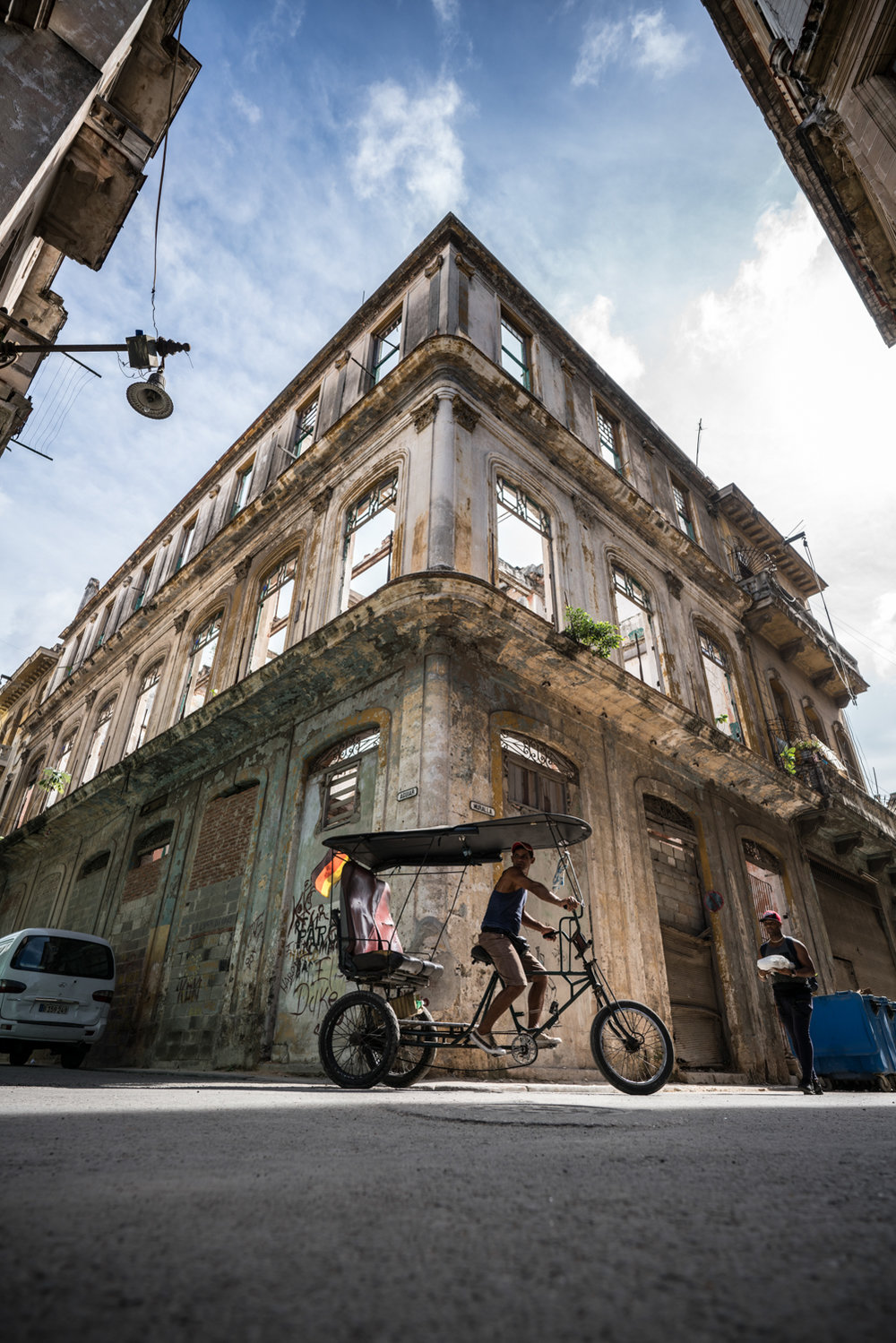 This was when we first ventured off into the narrow streets in Habana Vieja.  This seemed more authentic since it was mostly locals in front of their houses and many buildings like this which were completely hollowed out.  Sony A7RII, Zeiss Batis 18mm f/2.8 (iso100, f/4, 1/500s)