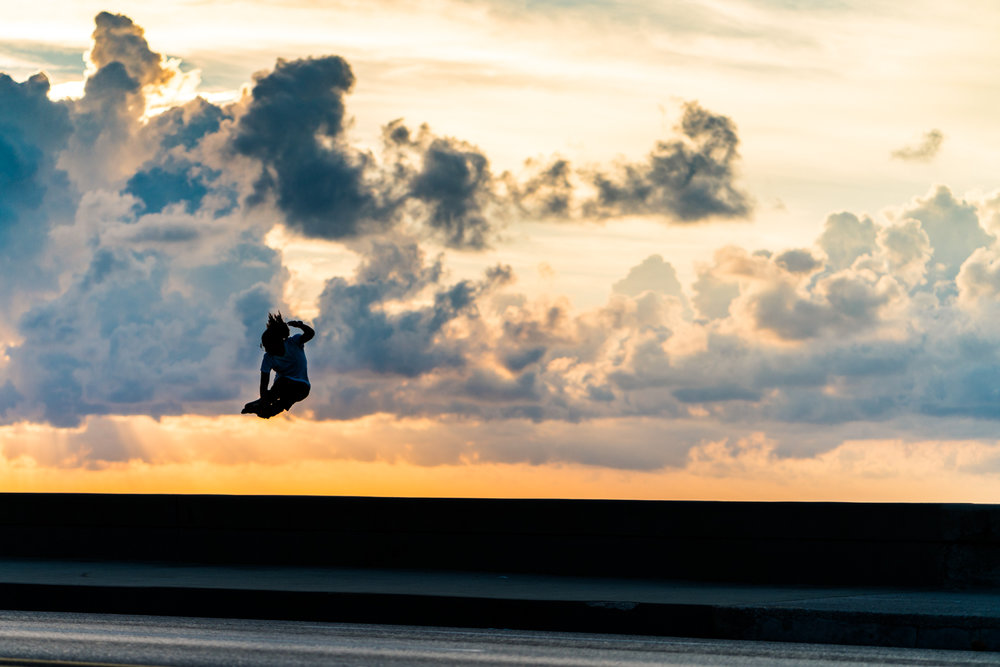 Managed to get a photo of Jon Ortiz jumping off the wall at El Malecon. This could quite possibly be the first or one of the first blading photos from Cuba.  Sony A7RII, Zeiss Batis 85mm f/1.8 (iso200, f/2.2, 1/6400s)
