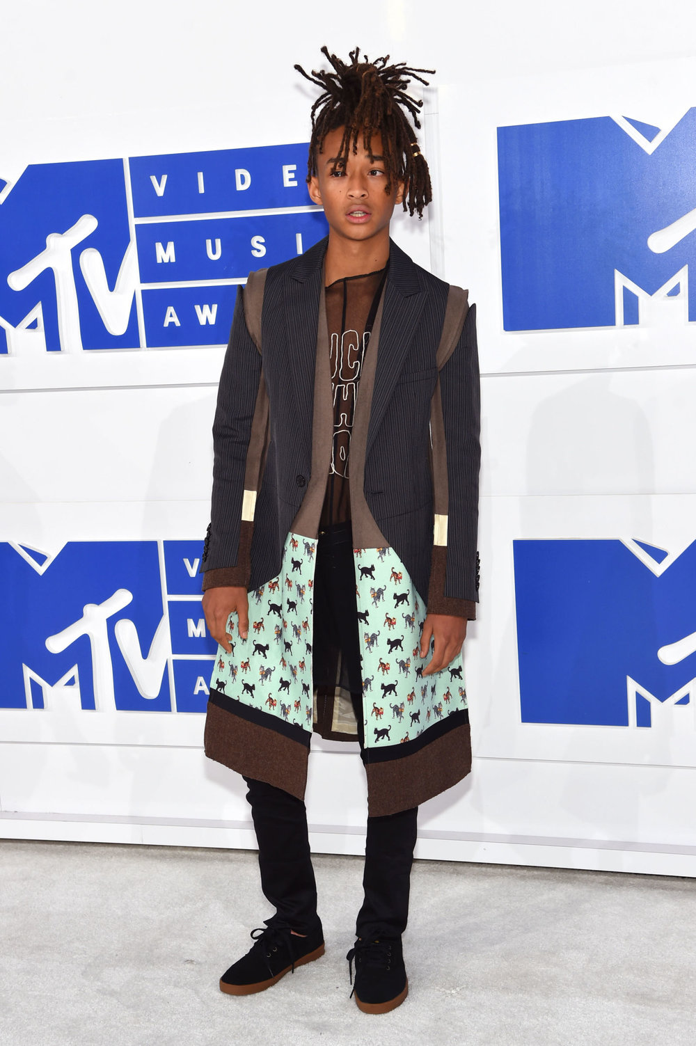 Could this kid get any cooler...There's nothing simple about this look but Jaden Smith manages to rock it so effortlessly its insane.
