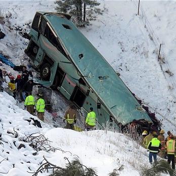 oregon-bus-crash_2439863b.jpg