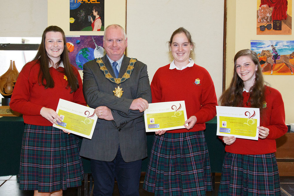 Technology Award :Sarah Cahalane, Ruth O'Driscoll and Siobhan Kennefick